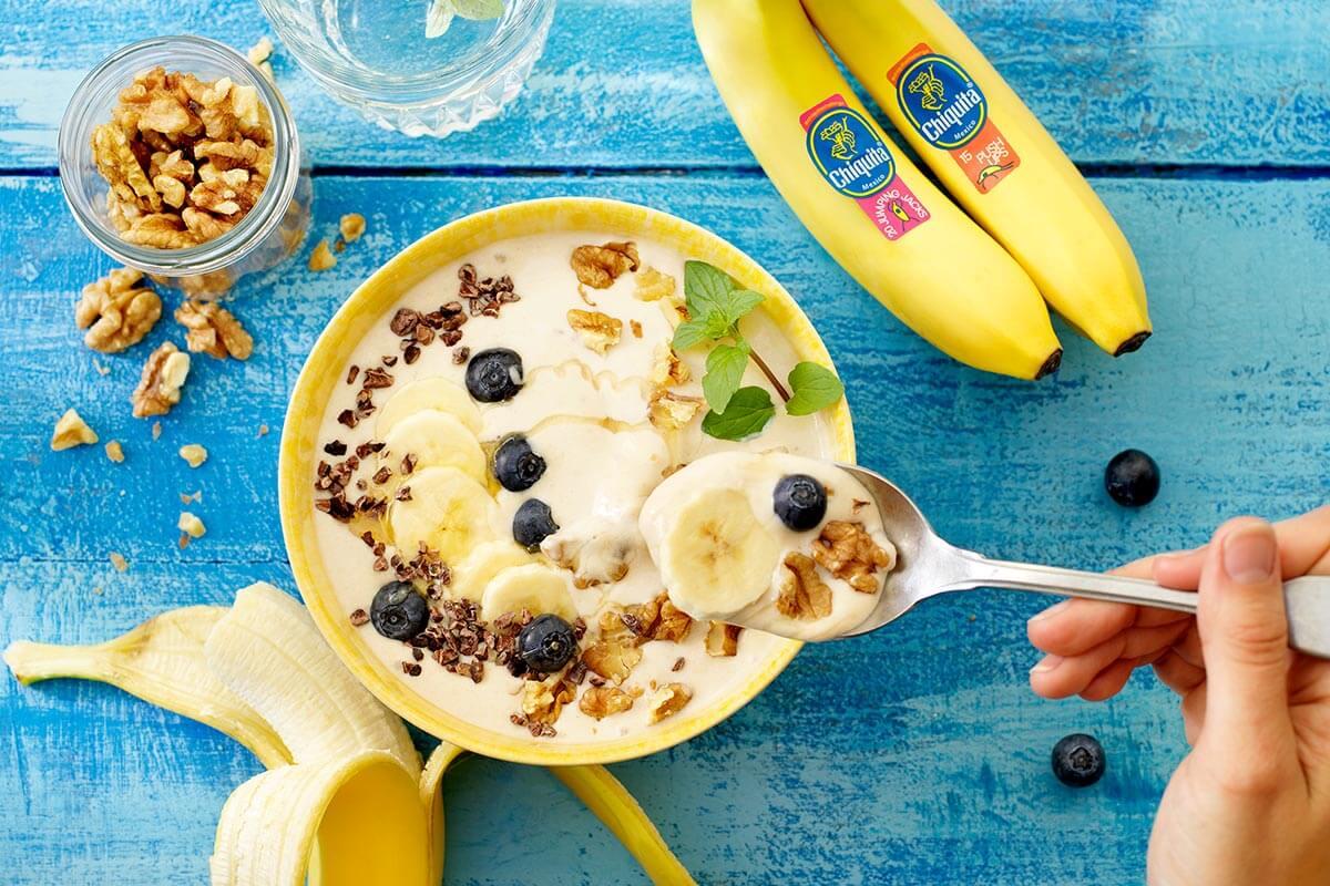 Easy Frozen Chiquita banana smoothie bowl