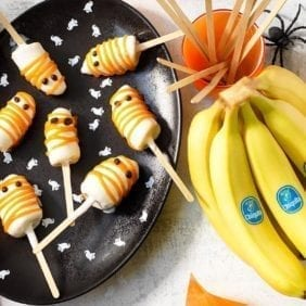 Halloween Chiquita Banana Ghost Popsicles