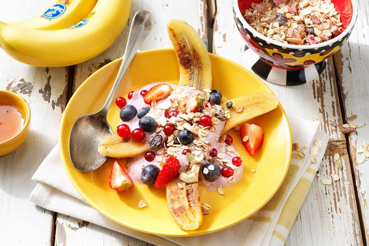 Healthy Chiquita Banana Britto split with acai berries