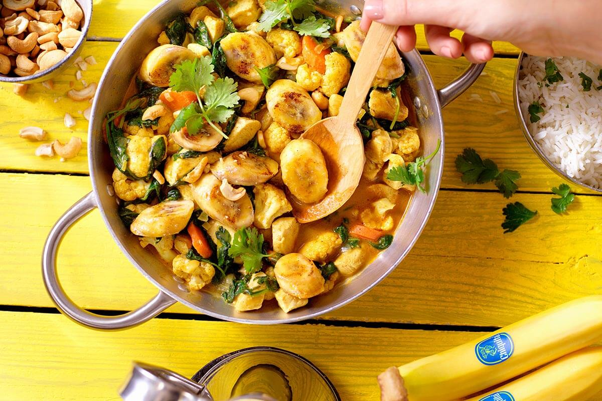 Indian Chicken Curry with Chiquita Banana, Cauliflower and Spinach