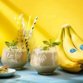 Green tea Chiquita bananasmoothie