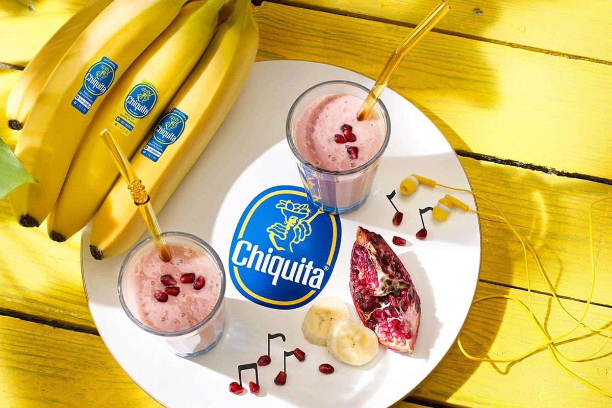 Chiquita banana and pomegranate smoothie