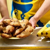 Easy Chiquita banana chocolate chip cookies