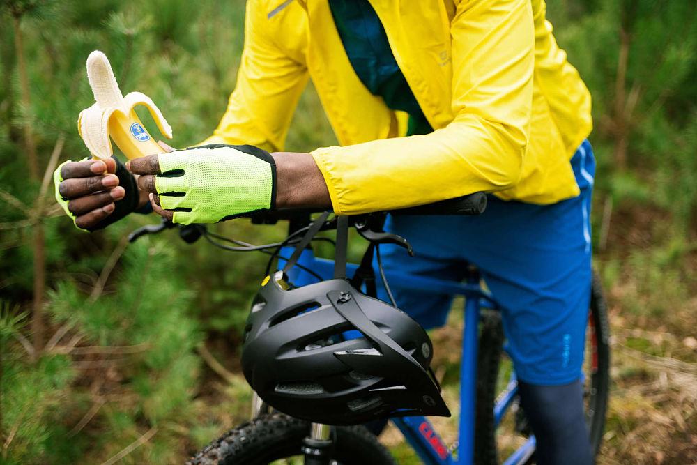 Biking_Chiquita_bananas