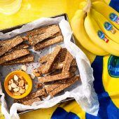 No-Bake Chiquita Banana Nut Diamond Protein Bars