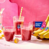 Chiquita banana smoothie with carrots, beetroot, cucumber