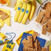 Pre-workout banana & almond energy bars by Chiquita