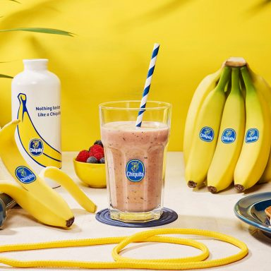 Workout banana & berries protein smoothie by Chiquita